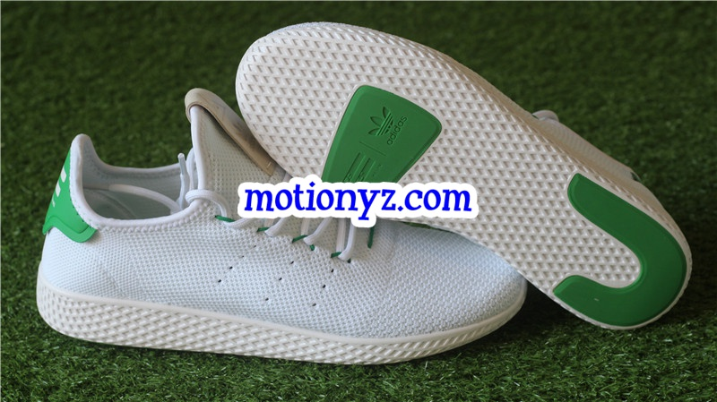 67b554d28fc68 Adidas x Pharrell Williams Tennis Hu White Green BA7828