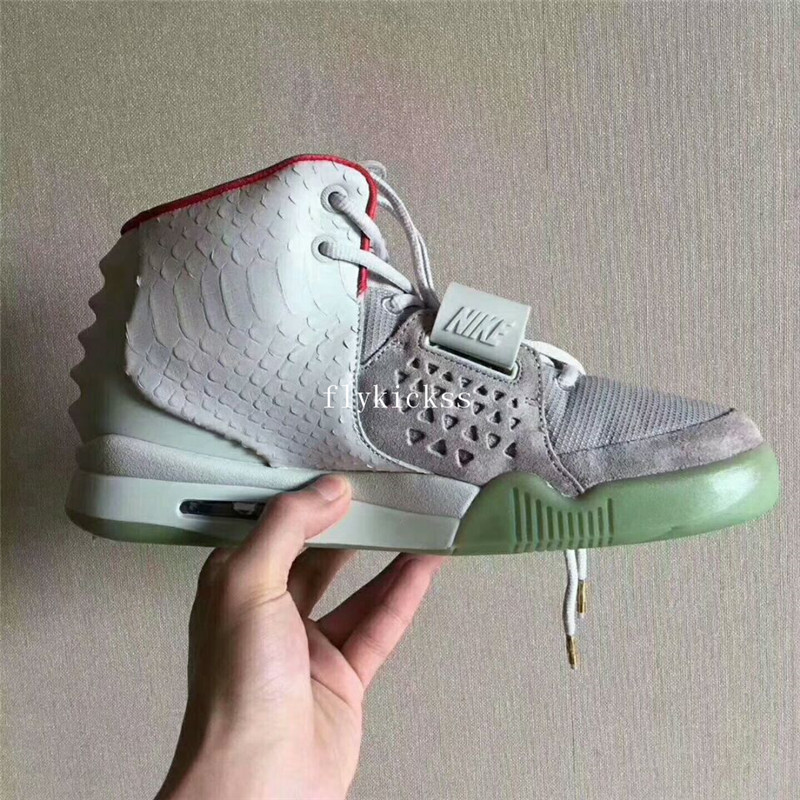 Authentic Nike Air Yeezy 2 NRG Wolf Grey Platinum Glow in the dark