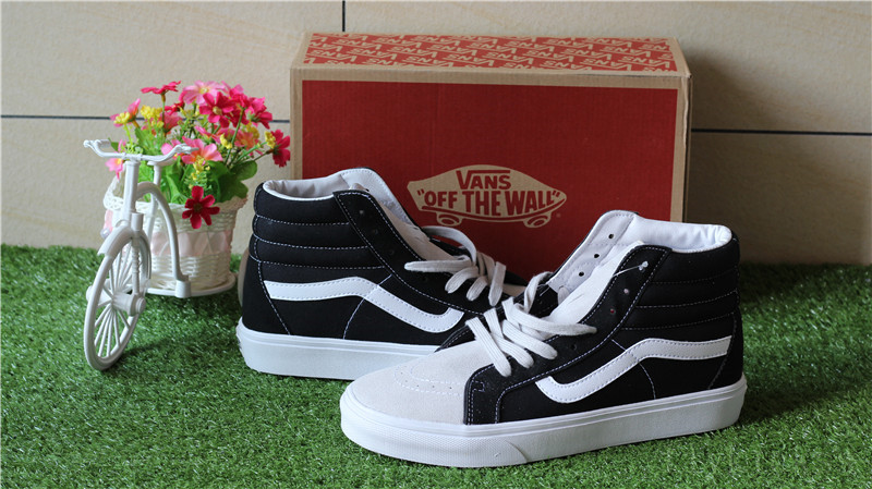 Vans Off The World Black White