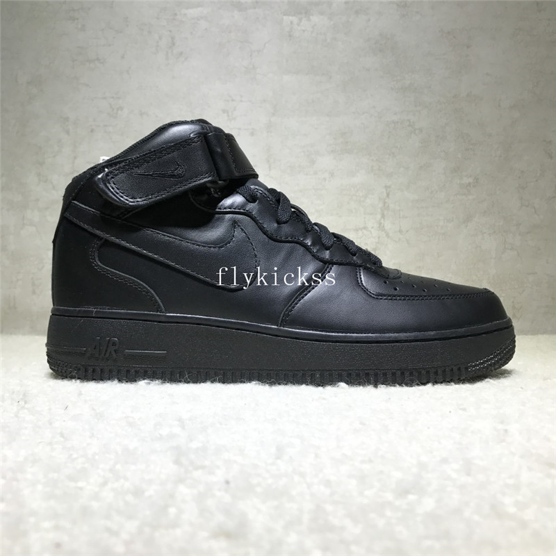Nike Air Force 1 High Top All Black