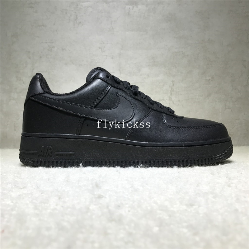 Nike Air Force 1 Low Top All Black