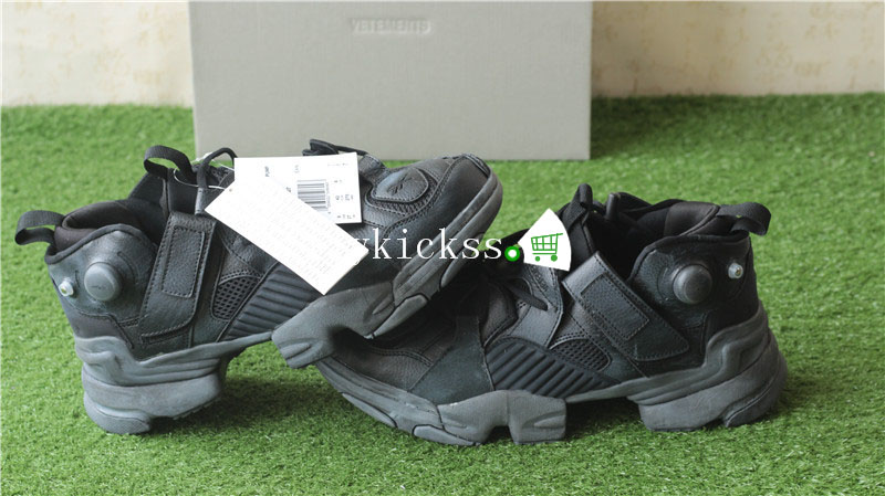 Vetements Reebok Genetically Modified Pump Black